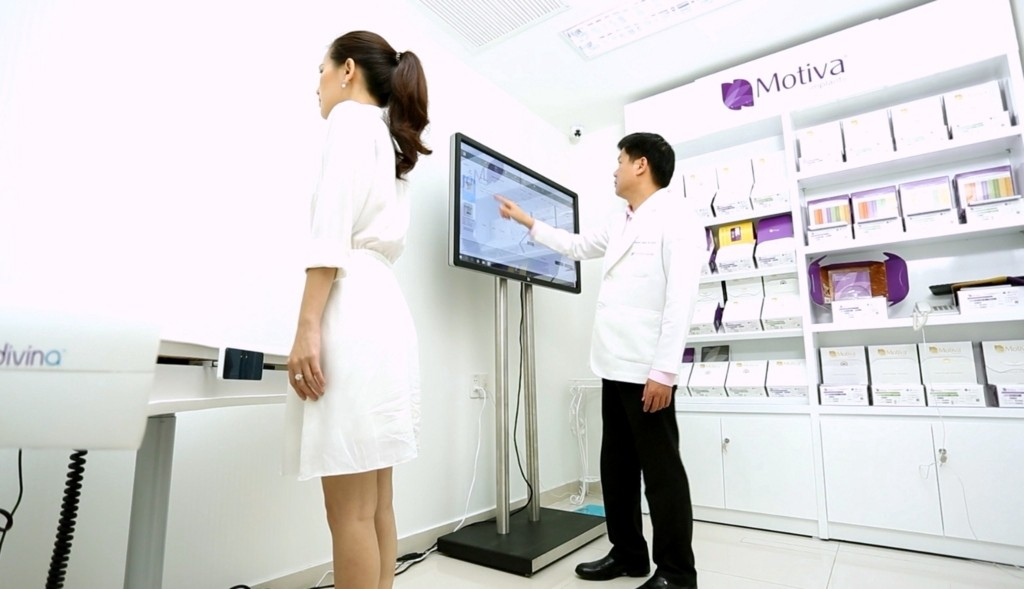 The Motiva scanner system is located at the center.